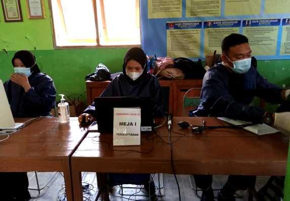 Vaksinasi  Kedua (Dosis II) Masyarakat Desa Jati Kecamatan Plantungan