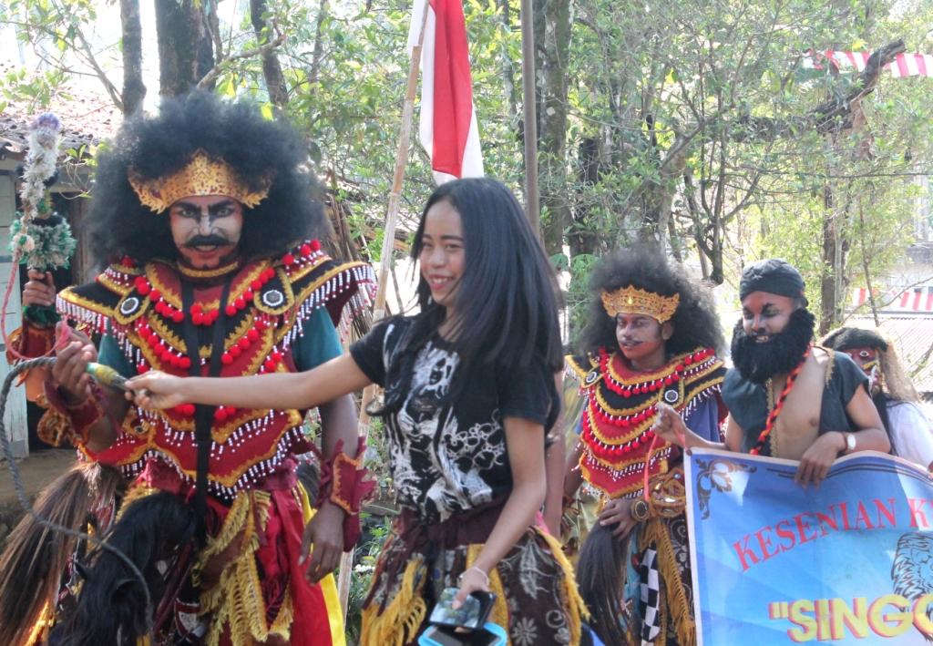 Hiburan Dalam Memperingati HUT RI ke 74 Desa Jati